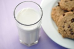 milk-and-cookie